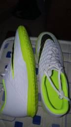 Chuteira Nike Hipervenon n43