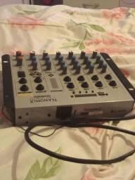 Vende-se mesa de som Mixer nanomix ll  áudio na 702 bt7 canais