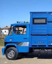 Mercedinha 708 filé chassis!Ou caminhão de rodeio!