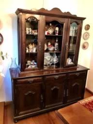 Armário em madeira para sala
