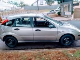 Ford Focus R$ 14.900,00