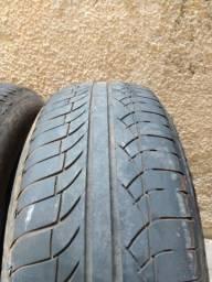 4 pneus Michelin 235/65/17