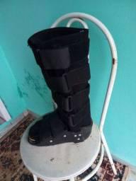 Bota ortopédica cano longo