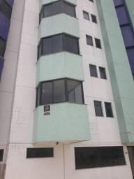 Apartamento no edifício porto da serra no centro