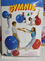 Bola de Pilates nova na caixa