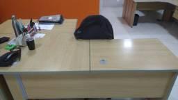 Vendo mesa de escritório em L