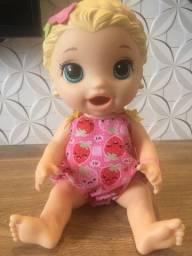 Boneca Baby Alive, marca Hasbro. Super novinha.