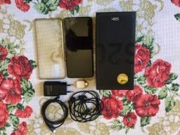 Samsung S20 plus. Com caixa