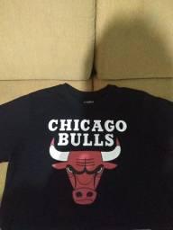 Título do anúncio: Camiseta Chicago bulls original