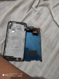 Samsung J4 pra quem se interessa conserta