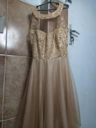 Vendo esse vestido seme novo de festa