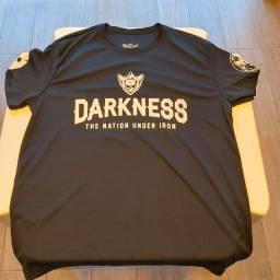 Camiseta Darkness