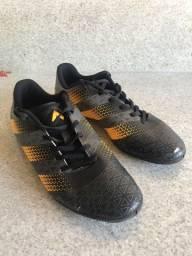 Chuteira Adidas Futsal nova (utilizada apenas 3 vezes)