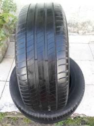 Vendo dois pneu meia vida215/50r17 so filé Mano da pra vazer alinhamento e balanceamento