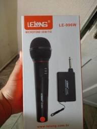Microfone Sem fio lelong Alcance 30 metros