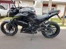 Kawasaki Z300 ABS (posso parcelar)