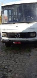 Micro-ônibus Mercedes