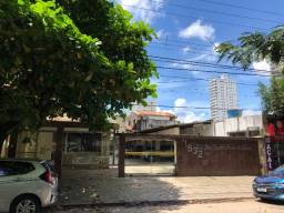 Alugo apartamento no Ed. Desembargador Oswaldo Freire De Souza