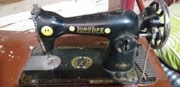 Vendo máquina de costura das antiga