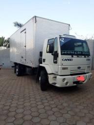 Título do anúncio: caminhão Ford cargo1722e  toco baú 7m