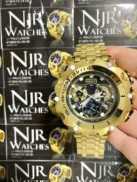 Relógio Invicta new hybrid preto banhado a ouro novo