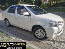 Toyota Etios 2017 Sedan X 1.5 autom+couro+multimidia+45.000kms+novo!!!