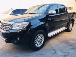 Toyota - Hilux SRV 2.7 flex 4x4 Aut. Ano: 14/14