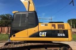 Escavadeira Caterpillar 320DL