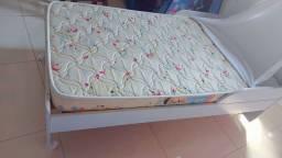 Berço/cama/sofá-Carolina Baby + colchão- 3 em 1.