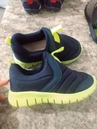 Sapatos / sandália de Menino