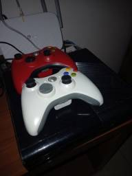 Xbox 360 + 2 Controles + Kinect