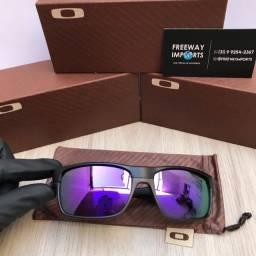 Óculos de sol Oakley Towface violeta polarizado