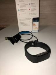 Fitbit charge 2 com pulseira de couro