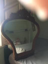 Penteadeira de parede com espelho