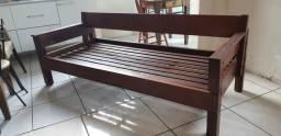 Sofá madeira/ cama solteiro