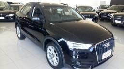 Audi Q3 Ambiente + teto - 2013