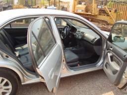 Vende-se Honda Civic, LXL, ano 2004/2005, automático, completo - 2005