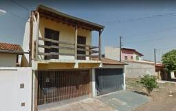 Sobrado com 3 dormitórios no Parque Bauru