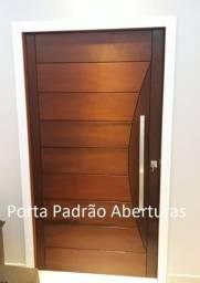 Porta pivotante de madeira maciça para RJ
