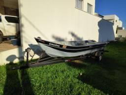 Barco 6m borda alta