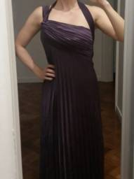 Vestido longo de festa drapeado de cetim cor vinho