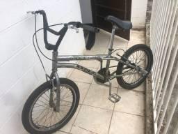Bicicleta bike aro 20 Cross croizinha