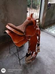 Sela americana de luxo 17 polegadas em couro de búfalo completa