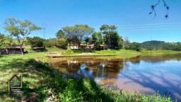 Oportunidade com potencial para investir em uma chácara com perfil de sitio em Bragança Pa