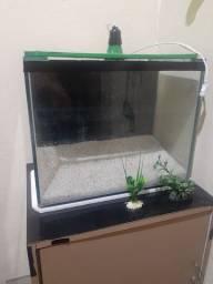 Vendo aquário 90 reias