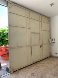 Porta de ferro altura 3.45 comprimento 4
