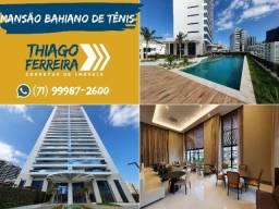 Mansão Bahiano de Tênis, 4 suítes em 305m² e 4 vagas de garagem na Graça