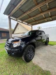 Ford Ranger cabine dupla em excelente estado