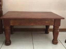 Mesa de centro em madeira