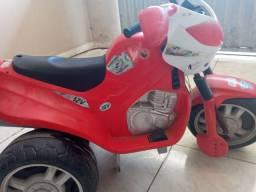 Vendo moto elétrica para retirada de peças